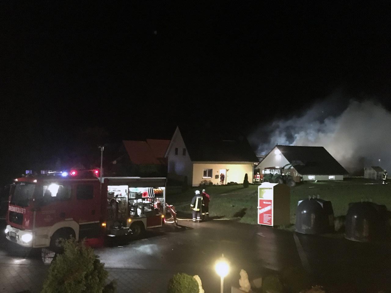 2018-01-01-02-56-35-scheunenbrand-hergraben-13-foto-christian-menz-34